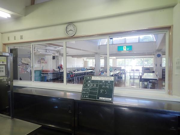 石巻支援学校食堂2